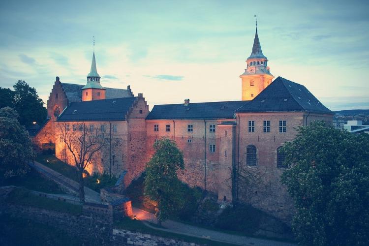 Qué ver en Oslo. Fortaleza de Akershus Oslo